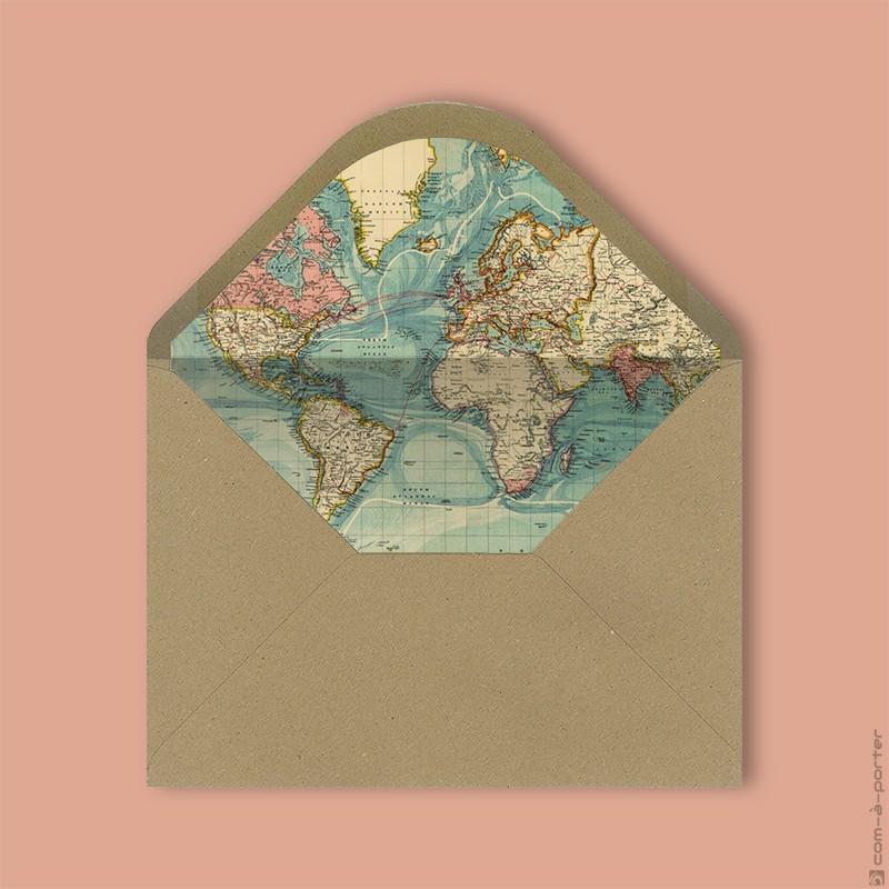 Diseño de sobre kraft forrado con fondo vintage de mapa del mundo para Invitación de Boda