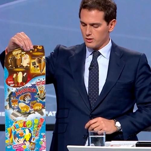 Albert Rivera con la carta de helados