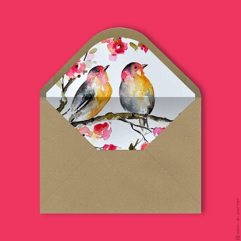 Diseño de sobre kraft forrado con fondo de acuarela de pájaros para Invitación de Boda