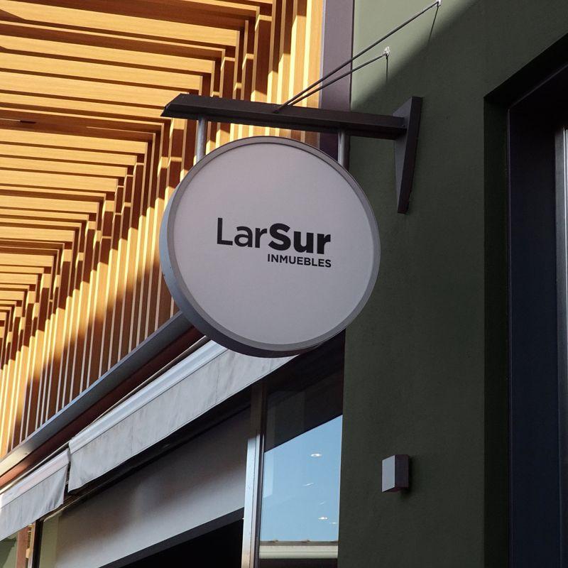 Logotipo de LarSur Inmuebles