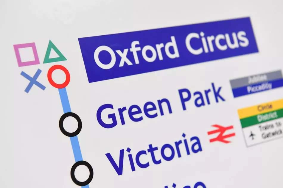 Mapa del metro de Londres customizado con la Playstation