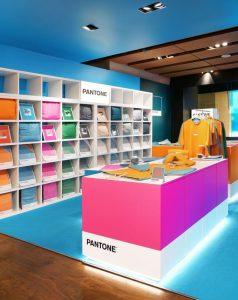 La tienda física de Pantone