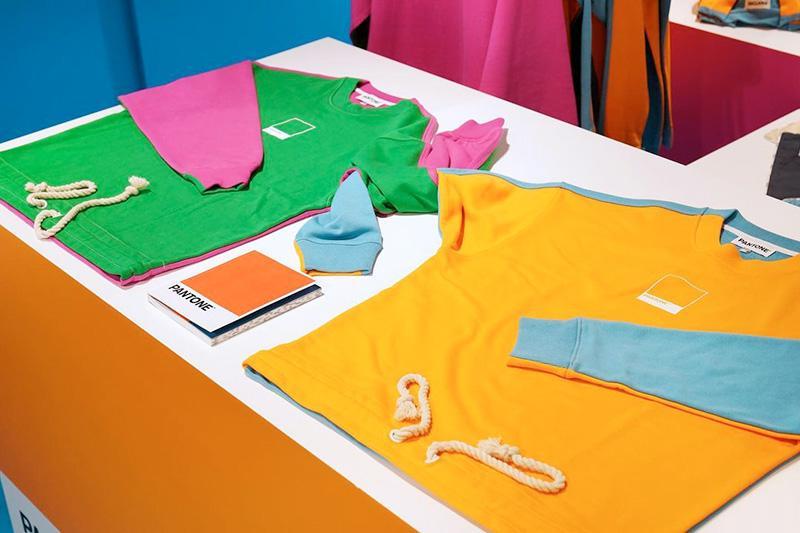 La tienda física de Pantone: merchandising